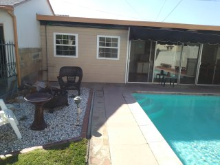 centrally located pool house 420 friendly