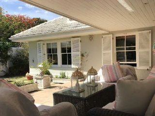 Cosy Family Home in Camps Bay Village for Xmas!!