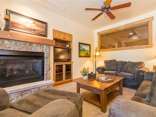 4202 Aspen Lodge, Trappeur's Crossing