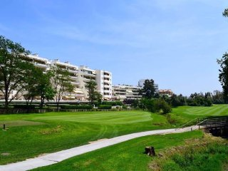 Fabulous 2 bedrooms apartment with pool and tennis court in Guadalmina Alta