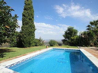 1695 - 4 bed villa with private pool, Finca Tropical, Coin