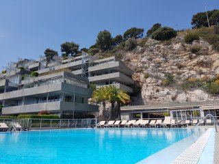 Costa Plana, Cap d'Ail, appartement vue mer, parking, piscine - 4/5 personnes