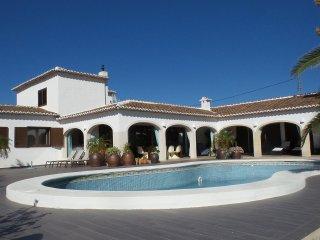 Beautiful stylish villa close the the beach of Javea