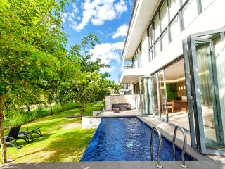 2BR Private BEACH VILLA|PARADISE IN DA NANG