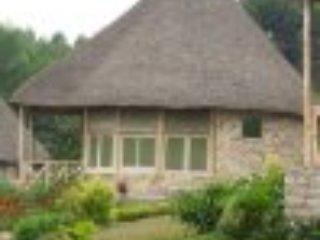 Mbweni House 1 - 3rd Room, casa vacanza a Zanzibar City
