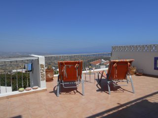 High View, 3 bed Apartment Holiday Rental, Pissouri