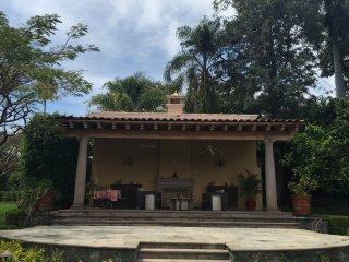 Impressive House in the City of Eternal Spring! Cuernavaca