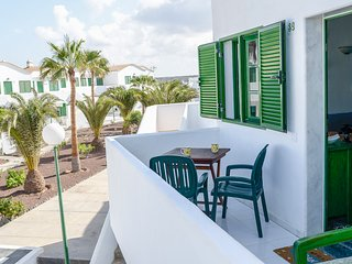 Beachfront apartment in Cotillo.
