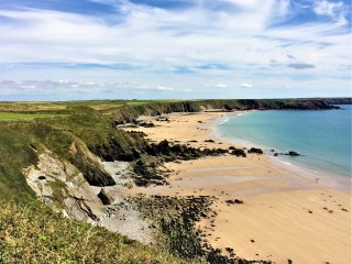Yr Hen Ardd,(sleeps 12) in Pembrokeshire National Park (Bookings open for 2019)
