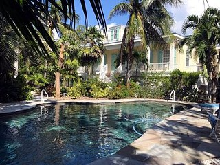 Bayfront Captiva Home with private beach access, pool/dock