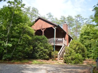 Most Secluded, Private & Romantic Cabin in Townsend! 'Lady Slipper'