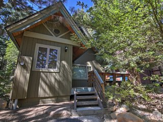2BR Incline Village Cabin-Mins to Lake Tahoe!