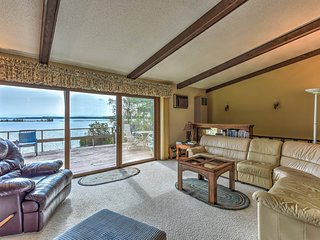 Breezy Point Family House w/ Dock on Pelican Lake!