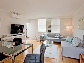 Iverna Gardens apartment in Kensington & Chelsea with WiFi, air conditioning, ba