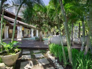 Kuta Holiday Villa 10080