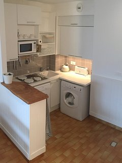 Your are on holiday! Say no to dishes! Dishwasher and washing machine included!