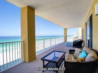 Corner Unit Luxury Condo - 6th Floor - 4 BR / 4 BA with Beach Service include