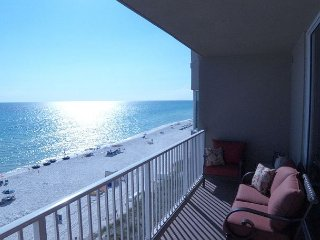 4th floor Gulf Front, 1 bedroom 2 bath with bunk beds. Incredible Gulf Views!