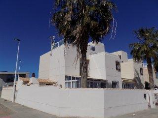 Duplex junto a la playa y el parque regional de las Salinas de San Pedro Pinatar