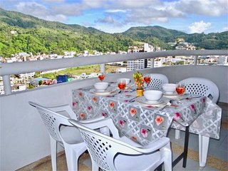 Patong Tower: 2 bedrooms mountain view