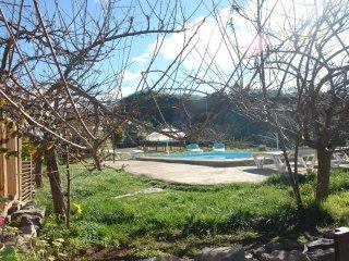 Casa con Piscina en Taucho con Vistas a La Gomera Tenerife Sur
