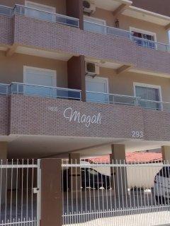 Alugo apartamento  na Praia dos Ingleses para temporada 2017 e 2018.
