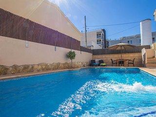 Repost - Gemutliches Ferienhaus mit privatem Pool 120 Meter vom Strand