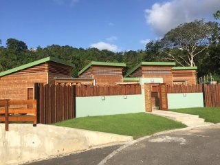 bungalow VENT D'EST DESHAIES  GUADELOUPE