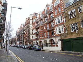 Convenient 1 bedroom flat in Chelsea