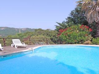 Villa avec piscine au calme - 6 personnes - WiFi - Plan de la Tour