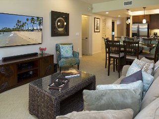LUXURIOUS 2 bedroom/2 bath - FALL SPECIAL 5TH NIGHT COMPLIMENTARY