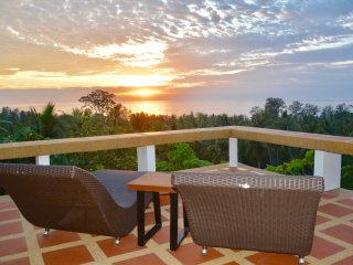 Keshin Sala - Sunset Seaview Private Villa