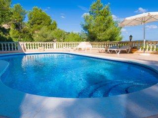Casa Margarita - self catering in NE Mallorca. Golf  Sea and Mountain Views