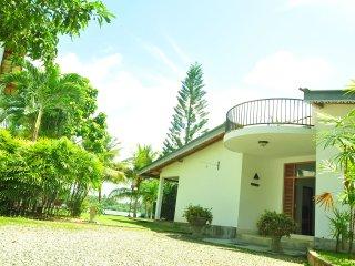 Diyasisila Villa