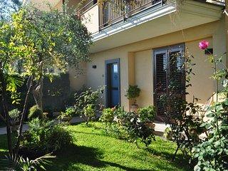 Casa vacanze in affitto ad Acireale, tra il Barocco il mare e il vulcano Etna