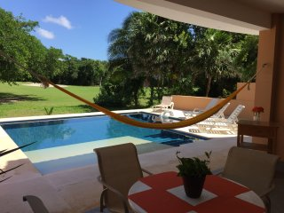 LUXURY POOL & BEACH HOUSE- CHRISTMAS AVAILABLE - GOLF CART INCLUDED