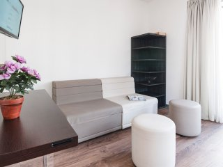 Cozy 1 bedroom steps from Central Station