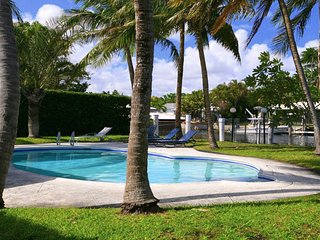 Miami Beach,Waterfront,DEALS Dec 12-22 From $230/N-Jan 8-31 From $425/N