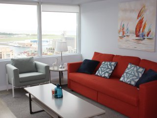 Luxury Downtown Condo in Entertainment District