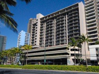 Aqua Palms Waikiki - Diamond Head View - AHR