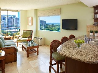 Luana Waikiki Hotel and Suites - 1 Bedroom Ocean View w/ Kitchen