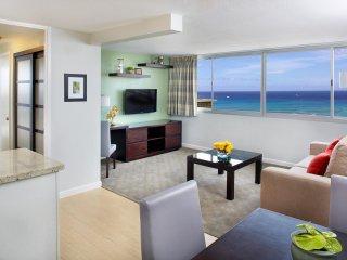 Aqua Skyline at Island Colony - 1-Bedroom Suite Panoramic Ocean