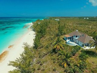 Newly Renovated Beachfront Estate w/ Pool, Privacy, Secluded Pink Sand Beach