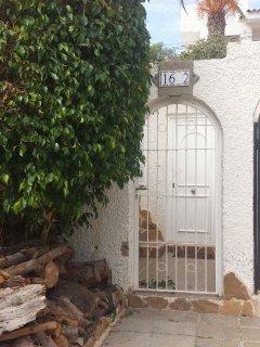 Verja exterior de entrada a casa.