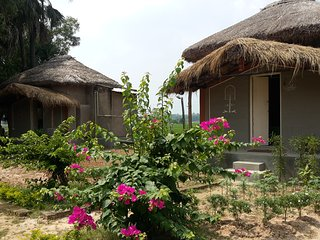 Chottoneer is a village homestay which is just 8km or 20min from Shantiniketan
