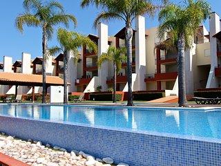 Golf Mar Village CD 137 | 2 Bed | 2 Bath | Air cond | Sea and Golf view
