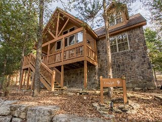 Stone's Throw - 4 bedroom 4 bath lodge located at gorgeous StoneBridge Resort