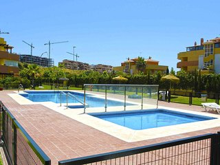 Stunning 2 Bedroom Apartment - no car needed