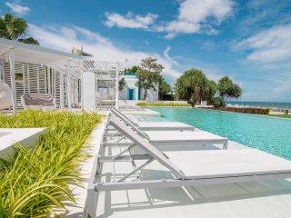 Chillax in 2BR Seaview Beach Escape with private beach access