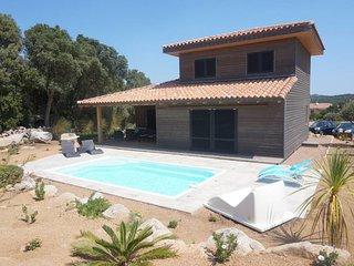 Villa 'Les Oliviers' avec piscine 4/6 personnes